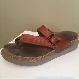 Mephisto Women's Brown Leather Sandals. SZ 9